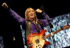 Tom Petty suri ravimite üledoosi tagajärjel