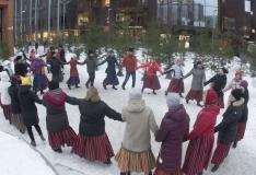 FOTOD! Eesti Vabariigi 100 sünnipäevanädal algas 100-pealise rahvatantsuga