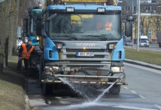 FOTOD! Pesuautod löövad Tallinna tänavad läikima
