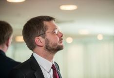 Ametist lahkuval Ossinovskil on enda asemele ministrikandidaat olemas
