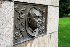 Pätsi mälestusmärk püstitatakse Tammsaare parki