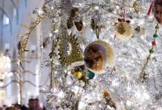 Niguliste muuseumis särab taas Tallinna uhkeim jõulupuu