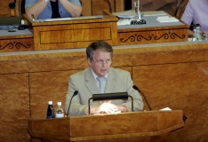 Eesmaa: Reformierakond taganeb senise välispoliitilise joone toetamisest