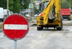 Tallinnas häirib kanalisatsiooniavarii Kadaga puiesteel liiklust