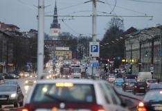 Tallinn ei võimalda rendiautodele tasuta parkimist