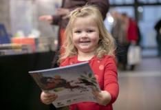 Rahvusraamatukogus algas traditsiooniline jõulukuu raamatumüük