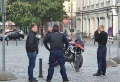 G4S turvatöötajad peatasid Tallinna vanalinnas joobes mootorratturi