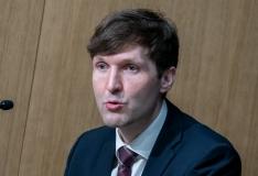 Helme: jutud USA advokaadibüroo huvide konflikti kohta on laim