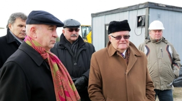Edgar Savisaar käis tutvumas Tihase tänava reoveekollektori rikkega