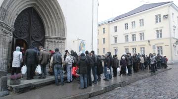 FOTOD! Oleviste kiriku vaeste jõululõunal oli sadu inimesi