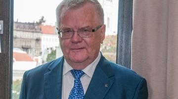 Keskerakonna 24 asutajaliiget toetavad Savisaare jätkamist