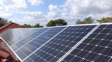 Eesti saastevabaks: päikesepaneelid vallutavad tulevikus iga kodumaja