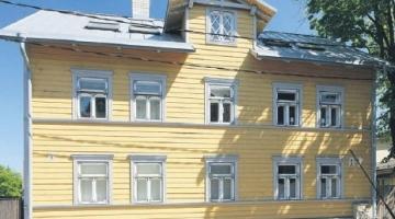 Linlased suisa võistlevad vanade majade vuntsimises