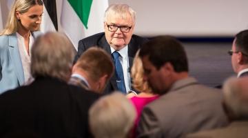 OLIVER NÄÄS: Edgar Savisaare ametist kõrvaldamine ei ole korrektne