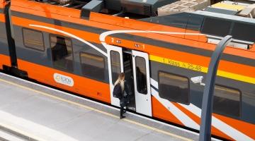 Tallinna lisaeelarve tagab linlastele tasuta rongisõidu ja toetab teatrikunsti