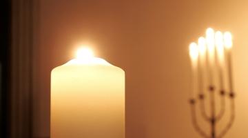Ida-Virumaal hukkus koolitunni ajal tõstuki alla jäänud poiss