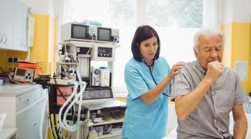 Kopsuarst Anneli Poola: astma võib alata igas eas, ka üsna hilises