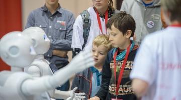 FOTOD JA VIDEO! Robotexi tegevjuht: tänapäeval on kõik robotid õppimisvõimelised