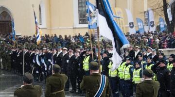SUUR GALERII! Vabaduse väljaku kaitseväe paraadil osales üle tuhande mundrikandja