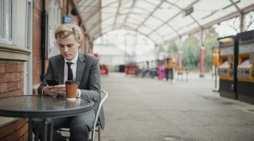 Ettevõtlusekspert: OÜtamine teeb eestlased tegelikult vaeseks