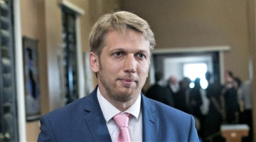 Karilaid: Reformierakond muudab Riigikogu intriige puhudes kummitempliks