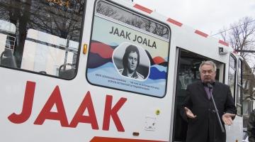 Jaak Joala tramm viib laulja austajad sõitma