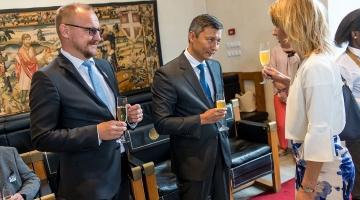 GALERII: Tallinna raekojas toimus vastuvõtt Balti keti 30. aastapäeva tähistamiseks