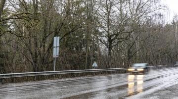 Torm jättis tuhanded kodud elektrita