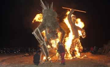 Lasnamäel, Pirital, Kristiines, Põhja-Tallinnas ja Haaberstil põletatakse tuleshowdel jõulukuuski