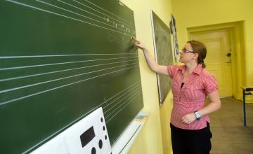 Riik lubab: enam kui pooltes omavalitsustes tõuseb lasteaiaõpetajate palk ligi 50 protsenti