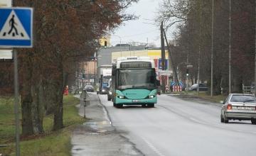 LUGEJA KIRJUTAB: Tasuta pilet pani rahva ekspressbussidega sõitma