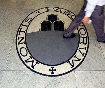 FINANTSKRIIS TULEKUL? Itaalia pank lubas koondada 2600 töötajat