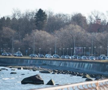 Tallinna lahte valgub vedelikku vähemalt kaheksast illegaalsest torust