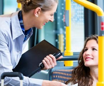 OMAVALITSUSJUHT: Tasuta transport on olulisim abi, mida riik kunagi pakkunud