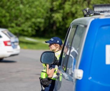 Politsei kõrvaldas liiklusest kaks numbrimärkideta linnaliinibussi