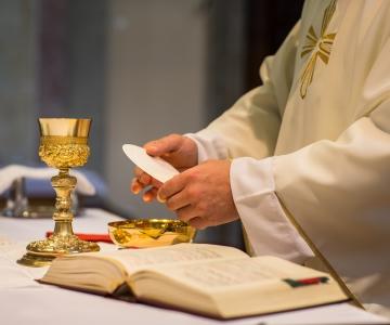 Pennsylvanias kahtlustatakse sadu vaimulikke laste ärakasutamises