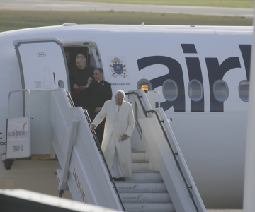 FOTOD! Paavst jõudis Tallinnasse!