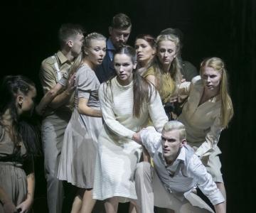 VAATA PILTE! Tiina Lokk avas Pimedate Ööde filmifestivali