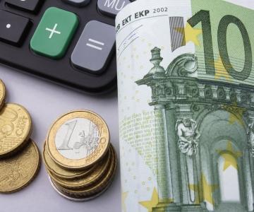 Hispaania tõstab tuleval aastal miinimumpalka 22 protsenti 1050 euroni
