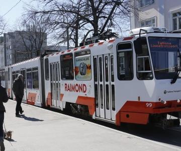 FOTOD JA VIDEO: Tallinlasi sõidutab nüüd ka Raimond Valgre tramm
