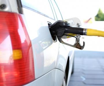 Järsk naftahinna tõus võib Eesti tanklatesse jõuda nädala lõpuks