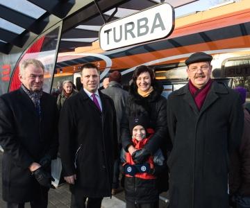 FOTOD JA VIDEO! Riisipere-Turba rong tegi Eesti kiireimal raudteel esimese sõidu