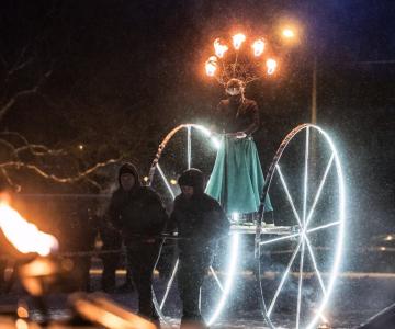 Homme paneb Mustamäe särama traditsiooniline valgusfestival