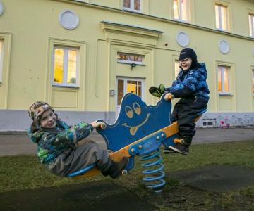 VIDEO! Tallinn avab ööpäevase lastehoiu, toetab eralasteaedade teenust kasutavaid peresid ja suleb külastajatele loomaaia