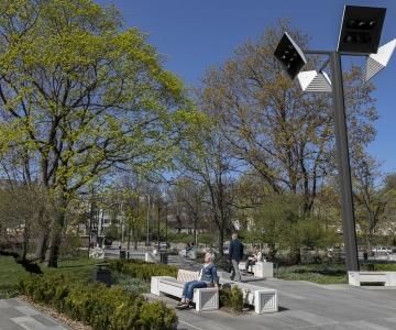 VIDEO! Tammsaare pargis on demonteeritud 59 pinki