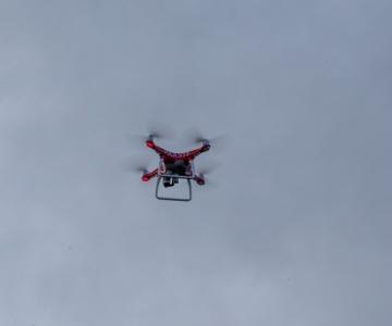 Droonid kontrollivad 2+2 reeglist kinnipidamist