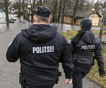 POLITSEI KONTROLLIB 2+2 REEGLI TÄITMIST: 25 inimest on võetud vastutusele väärteomenetluse korras