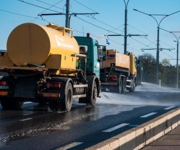 VIDEO: Kristiine tänavate survepesul kasutati üle 312 tonni vett
