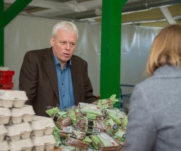 Toidupanga juht: Eestis läheb enamik mahakantud toidust raisku