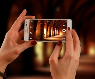 VÄRSKE UURING: koroonaviirus võib telefoni ekraanil püsida eluvõimelisena terve kuu